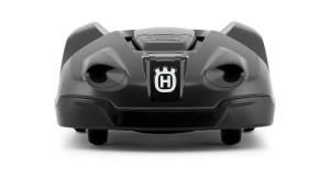 husqvarna automower 330 x der gro e roboter rasenm her. Black Bedroom Furniture Sets. Home Design Ideas